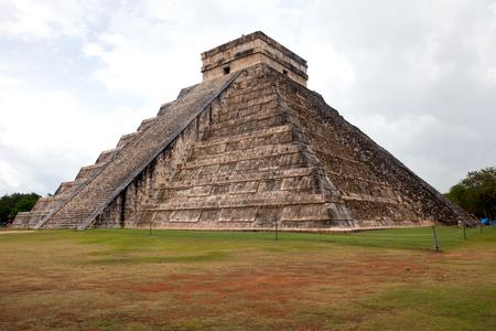 itza: El Castillo of Chichen Itza Mayan pyramid in Yucatan, Mexico