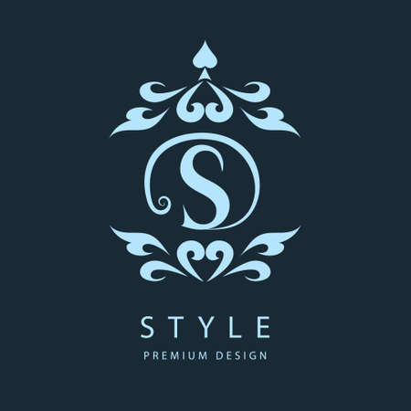 Simple and graceful floral monogram design template. Elegant line art logo design. Letter S. Vector illustration Çizim