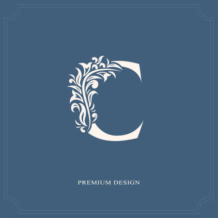 Elegante lettera C. Stile reale grazioso. Bellissimo logo calligrafico. Emblema disegnato d'annata per il disegno del libro, il marchio, il biglietto da visita, il ristorante, la boutique, l'hotel. Illustrazione vettoriale Archivio Fotografico - 84511230