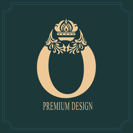 Elegant Letter O with Crown. Graceful Royal Style. Calligraphic Beautiful Logo. Vintage Drawn Emblem for Book Design, Brand Name, Business Card, Restaurant, Boutique, Crest, Hotel. Vector illustration Ilustração