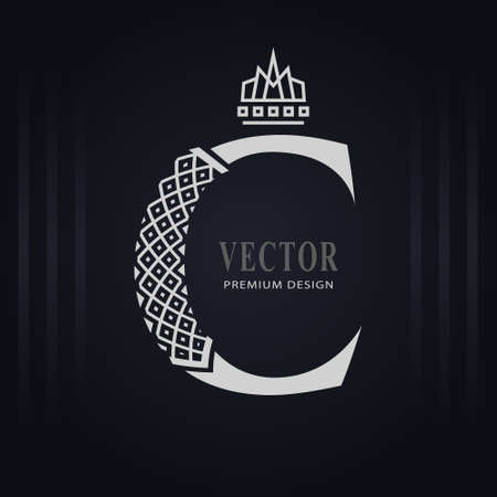 Elegant Capital letter C. Graceful Royal Style. Creative Calligraphic Beautiful Logo. Vintage Drawn Emblem for Book Design, Brand Name, Business Card, Restaurant, Boutique, Hotel. Vector illustration Stock Illustratie