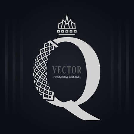 Elegant Capital letter Q. Graceful Royal Style. Creative Calligraphic Beautiful Logo. Vintage Drawn Emblem for Book Design, Brand Name, Business Card, Restaurant, Boutique, Hotel. Vector illustration Stock Illustratie