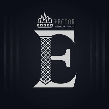 Elegant Capital letter E. Graceful Royal Style. Creative Calligraphic Beautiful Logo. Vintage Drawn Emblem for Book Design, Brand Name, Business Card, Restaurant, Boutique, Hotel. Vector illustration Stock Illustratie