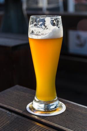 weiss: A glass of weiss beer