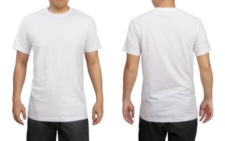 Wit t-shirt op een jonge man geïsoleerd op een witte achtergrond. Voor- en achteraanzicht.