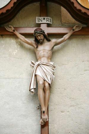 crucified: Jes�s Chirst sobre el cros en la pared