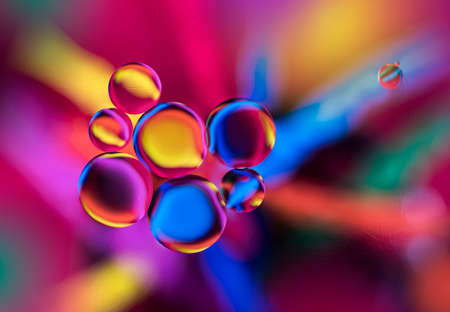 Оxygen bubbles in a liquid. Beautiful structure of water in macro a natural background 版權商用圖片
