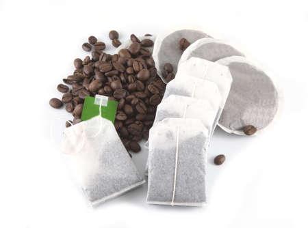 brewer: Caf� y t� sobre un fondo blanco