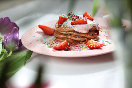 Traditional home-made pancakes, sweet, nutritious breakfast. horizontal frame 스톡 콘텐츠
