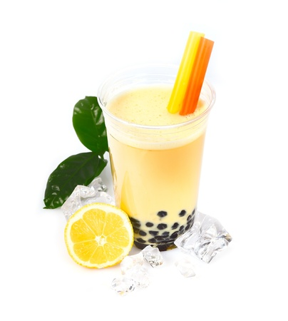 pearl tea: Lemon Boba Bubble Tea with fruits and crushed ice