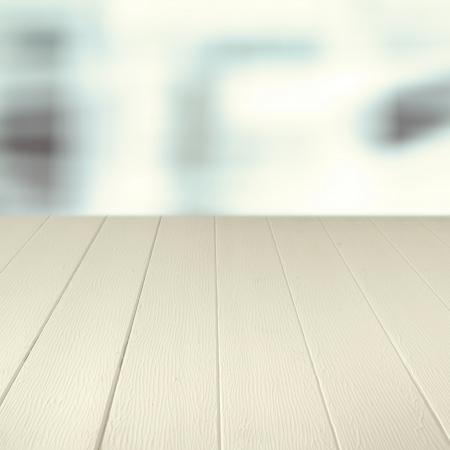 Lege houten toonbank achtergrond voor uw culinaire product placement of advertentie Stockfoto