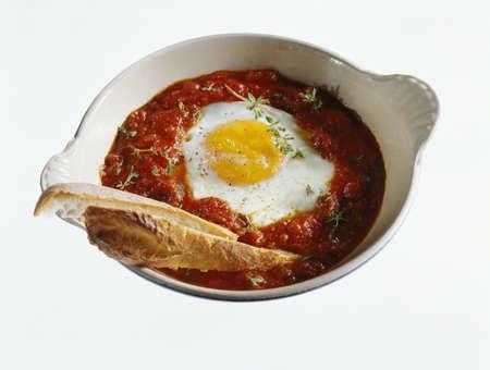 salsa de tomate: Huevo al horno con salsa de tomate LANG_EVOIMAGES