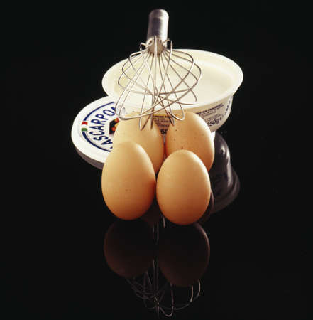 mascarpone: Eggs and mascarpone