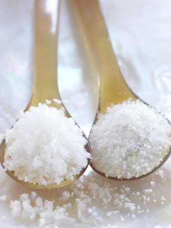 sel: Spoonful of Fleur de sel sea salt and Guérande salt
