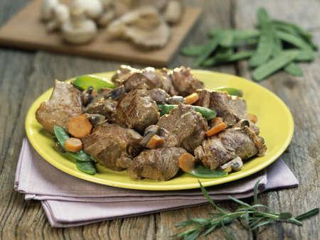 Sauté d'agneau aux légumes Banque d'images - 17027780