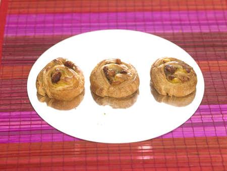 pains: Mini Pains aux raisins LANG_EVOIMAGES