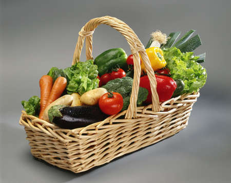 Basket of vegetables Stock Photo - 17028876