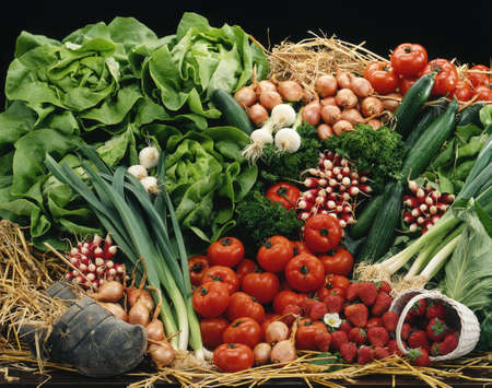 Vegetable and fruit composition on straw Stock Photo - 17028885