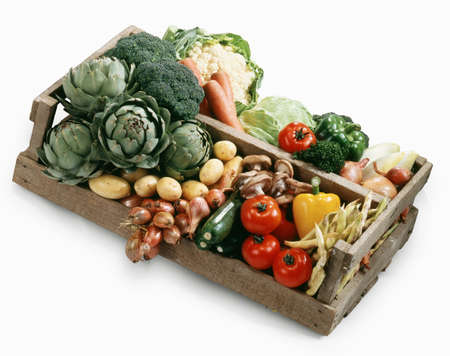 Crate of vegetables Stock Photo - 17028892