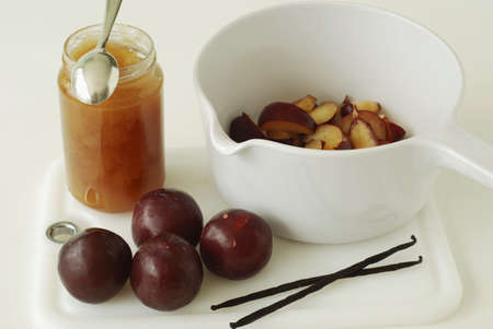 stewed: Preparing stewed plums