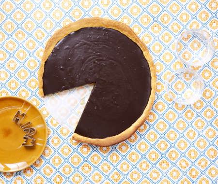 Chocolate tartlet Stock Photo - 17029294
