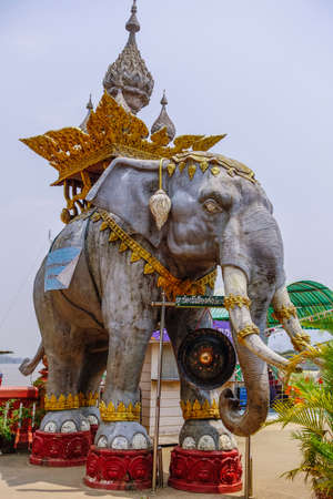 Elephant statue on the Mekong River, Golden Triangle between Thailand, Myanmar and Laos, Sop Ruak, Northern Thailand, Thailand, Asia