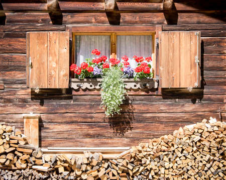 window at a typical old bavarian farmhouse Stock Photo - 17465395