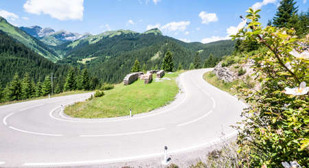 curve at the european alps Stock Photo - 17743526