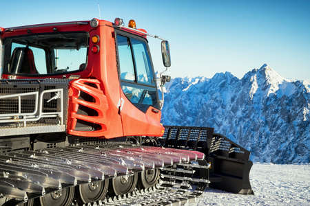 snowcat at the zugspitze mountain in austria Stock Photo - 24527167