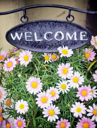 welcome sign: old fashioned welcome sign  Stock Photo
