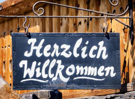 welcome sign: vieux signe de bienvenue autrefois - Allemagne