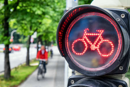electric light: traffic light for bikes - close up