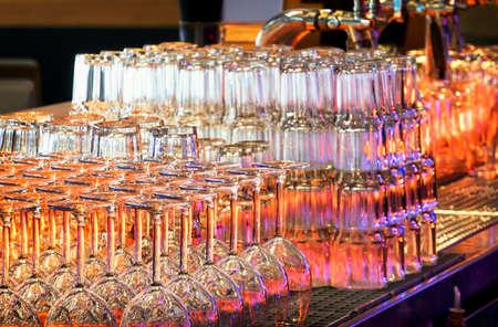 gastro: glasses at a bar counter