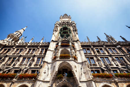 city hall: famous old munich city hall - germany