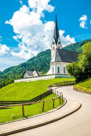 typical church in kreuth - bavaria Фото со стока - 115819244