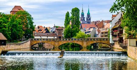 historische Fassade in der Altstadt von Nürnberg - Deutschland