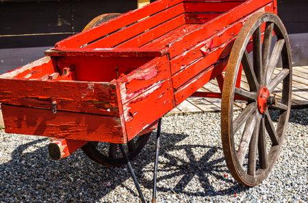 old wooden cart at a farm Archivio Fotografico