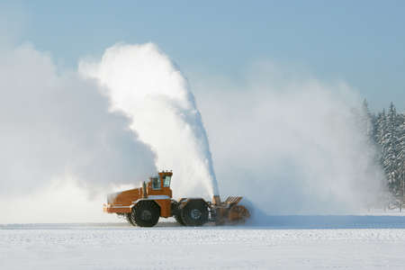snow clearing: Snow clearing
