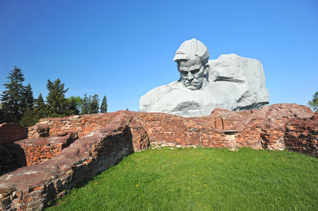 winning location: The monument to the defenders of the Brest fortress and the ruins of the Brest fortress, Belarus