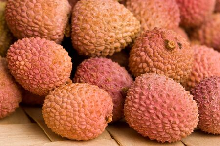 litschi: Some tasty Lychee fruits. Closeup with selective focus.