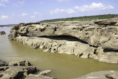 Sampanbok Mekong River photo