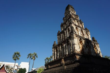 Beautiful landscape of ancient  temple in watchamdevi Temple, lamphun, Thailand 스톡 콘텐츠