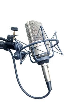 microfono antiguo: micrófono de estudio aislado sobre fondo blanco Foto de archivo
