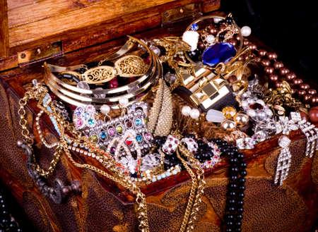 Golden jewelry background Archivio Fotografico