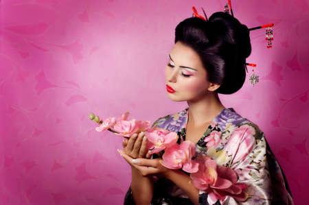 Portrait d'une femme de geisha japonaise Banque d'images - 22612884