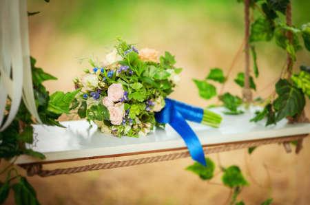 Bruiloft bloemen boeket op achtergrond Stockfoto