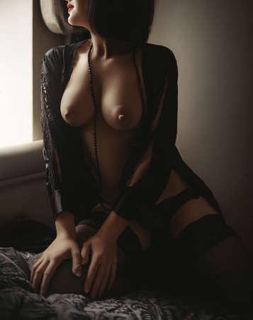 Sexy belle femme en sous-vêtements