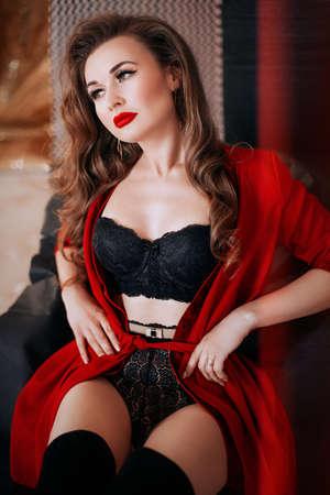 Sexy belle femme en sous-vêtements noirs. Stock photo. Banque d'images