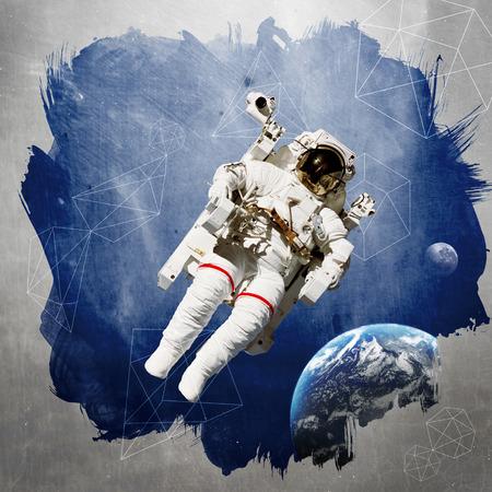 arte moderno: Astronauta en el espacio exterior el arte moderno.