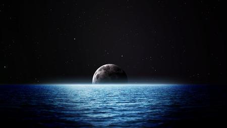 romance: L'aumento luna sul mare. Elementi di questa immagine fornita dalla NASA